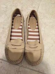 今季、おしゃれなNUOVOのパンプス、靴