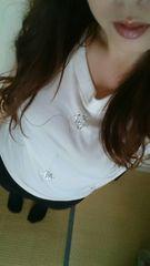白のビジュー半袖トップス
