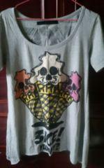 GLAD NEWS Tシャツ