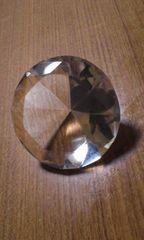 ダイヤモンド風クリスタルガラス置物