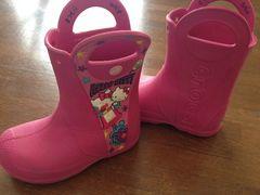 【crocs】ハローキティコラボサイズ10ピンク長靴レインブーツ
