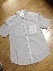 美品TAKEO KIKUCHI デザインストライプシャツ TK タケオキクチ