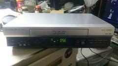 VHSビデオデッキ、