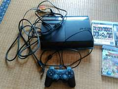 PlayStation 3  250GB (CECH-4200B)ソフト3本つき PS3
