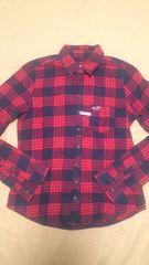 ホリスター ネイビー×レッド チェックシャツ