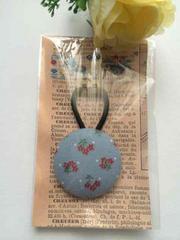 ハンドメイド ヘアゴム 特大 くるみボタン ブルー 小花 ガーリー