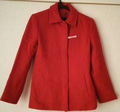 赤のコート