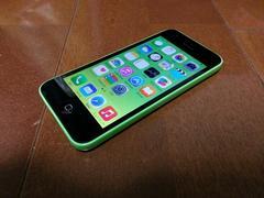 即落/即発!!au 新品同様 iPhone 5c 16GB グリーン