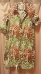 アジアンチックな葉柄五分袖ロングシャツブラウスL