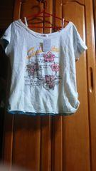 新品タグーつき可愛い白柄いりLL半袖Tシャツ