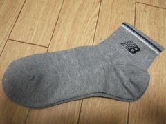 【新品】new blance靴下21-23�pグレー