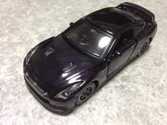 トミカリミテッド日産GT-RスペックV
