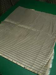 約74�p幅×約0.65m・和装品製作用布地(��11197)ゴールド系
