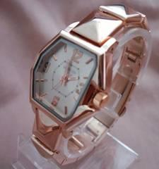 ブロックメタルウォッチPG-腕時計