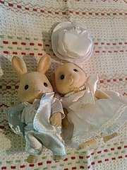 シルバニアファミリー ウエディングドレス&タキシード人形つき