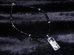 浮彫皇帝龍水晶プレート×ブラックスピネルネックレス オシャレにカッコよく