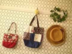 ハンドメイドパッチワークトートバッグ&不思議の国のアリスミニバッグまとめ売り福袋
