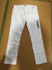 UNIQLOユニクロホワイトジーンズ新品未使用タグ付き36インチ