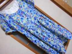 100スタセール*オリーブデオリーブ*半袖青花柄ミニワンピース*クリックポスト164円
