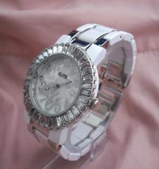ラウンドストーンメタルウォッチ-腕時計