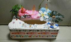 モバオクで買える「●summer風ハイビスカスティッシュboxアレンジ品」の画像です。価格は500円になります。