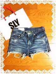 SLY大人気完売:2012/Ashley Side Slitte Looseデニムショートパンツ/0