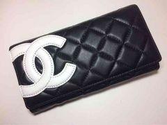 CHANEL カンボンライン 二つ折り 長財布 ガマ口 黒×白