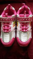 21センチ新品★白地ピンク靴★足底光るスニーカー訳あり