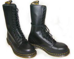ドクターマーチン新品14ホールブーツ安全靴スチール入り1940黒