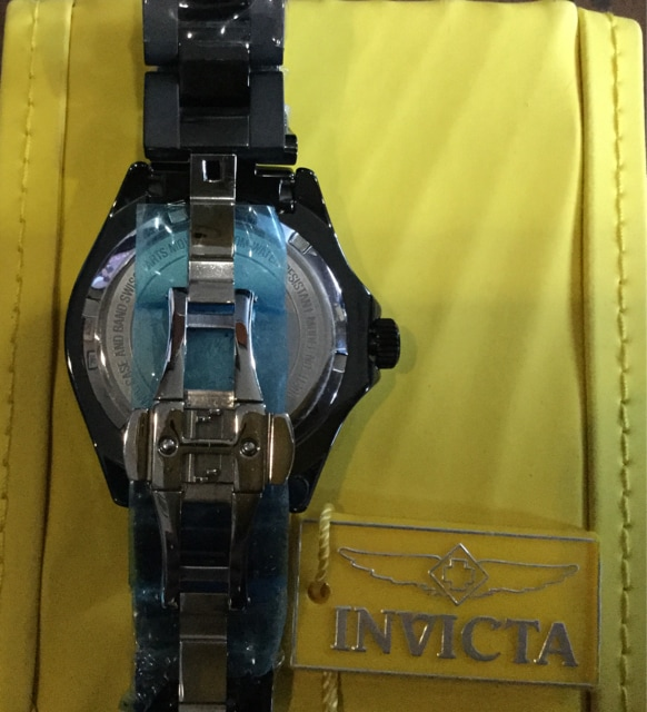 INVICTA ロシア製 自動巻 100m防水 < 女性アクセサリー/時計の