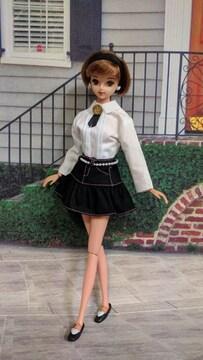 ジェニー、バービーのスカート