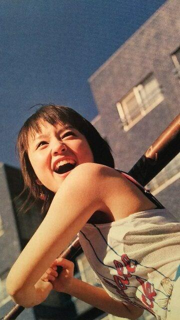 鈴木亜美【週刊文春】2003.10.2号ページ切り取り < タレントグッズの