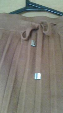 ウエスト102�p  可愛い 暖かい 春先までのプリーツスカート