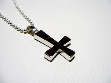 a phantom『プラチナ逆十字クロス』十字架ハンドメイド