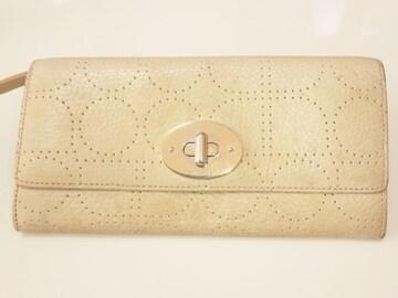 11666/ケイトスペード確実本物ホワイトレザー革の長財布素敵なデザイン