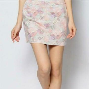 新品*dazzlin*花柄タイトミニスカート