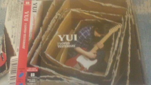 激安!超レア!☆YUI/I LOVE YESTERDAY☆アルバム/初回盤CD+DVD☆美品  < タレントグッズの