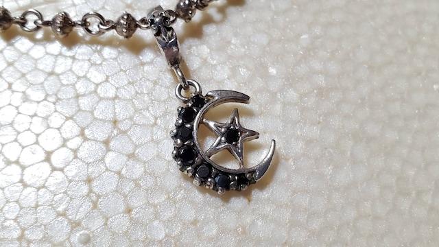 正規良 限定 ローリーロドキン ブラッククレセントムーン ネックレス ペンダントトップ 月×星 < ブランドの