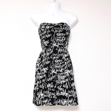 黒白英字ロゴ場合バックシャンフックタイトミニワンピースドレス