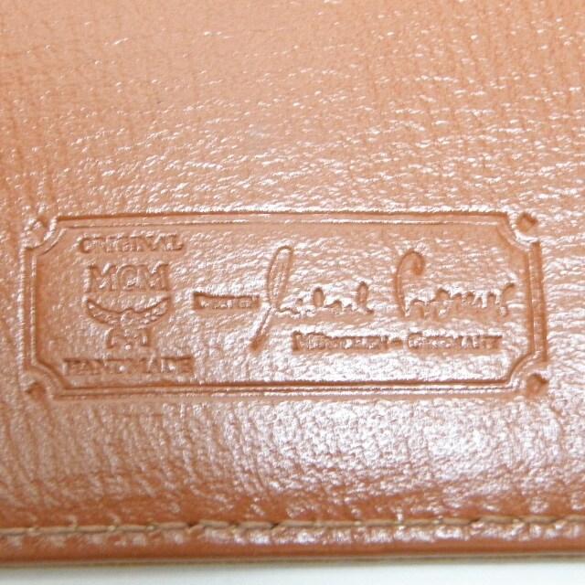MCM 二つ折り長財布 キャメル ロゴ柄 商品 正規品 < ブランドの