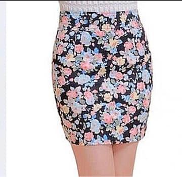 AT1 花柄ミニスカートS