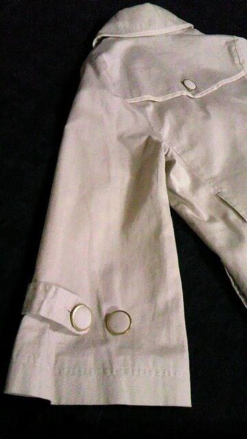 ミニルディーズベル袖&スカラップ襟コットンPコートショート丈トレンチコート裏地花柄 < ブランドの