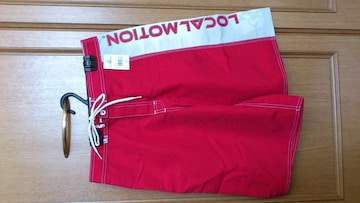 激安75%オフ水着、サーフパンツ、ボードショーツ(新品タグ、赤白、ハワイ製、30)