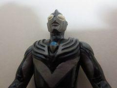 ウルトラマン プレイヒーロー「ティガダーク」中古品