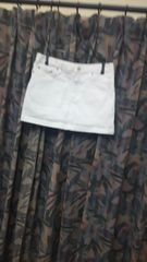 ホワイトデニムミニスカート