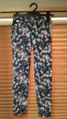 新品♪GU 花柄可愛いパンツ