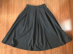 GU タック入りスカート ネイビー  S