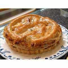 丁寧に煮込んだりんごのアップルパイ