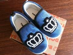 新品BABYDOLL☆16cm 王冠ワッペン スリッポン 靴 スニーカー ベビードール