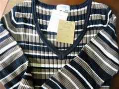 新品 薄手ニット長袖セーター LLサイズ ボーダー 黒 2